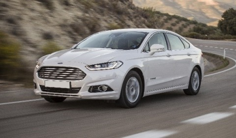 FORD MONDEO SALOON 2.0 HYBRID